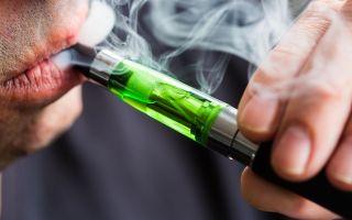 Стало известно о пагубном влиянии электронных сигарет