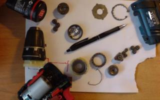 Ремонт шуруповерта: кнопки включения, тормоза двигателя, редуктора, патрона, замена щеток