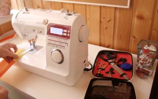 Какая швейная машинка лучше: электромеханическая или электронная