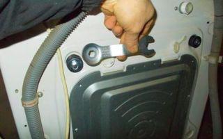 Транспортировочные болты на стиральной машине: где находятся, как снять